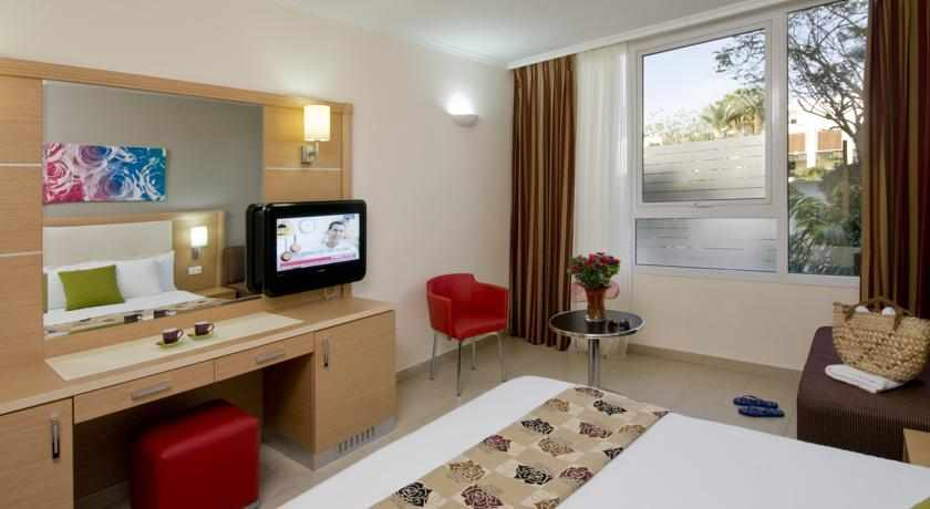 חדר זוגי מלון לאונרדו רויאל ריזורט