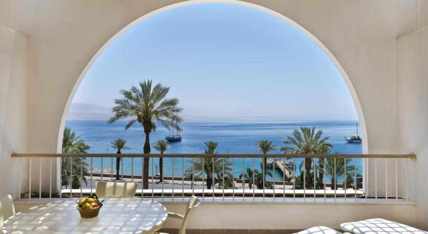 נוף לים ממלון הנסיכה