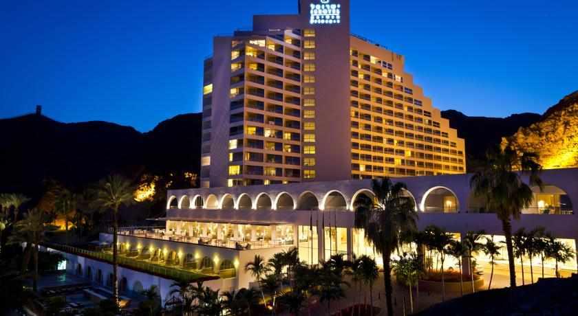 מלון הנסיכה בלילה