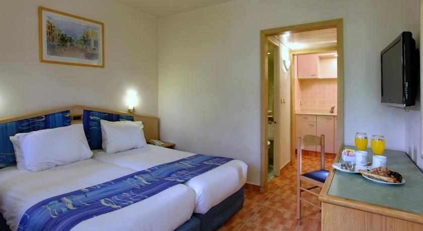 חדר זוגי מלון אמריקנה