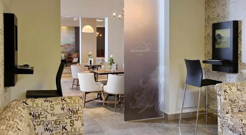 עיצוב מודרני מלון אמריקנה