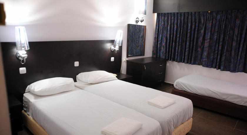 חדר לשלושה מלון אקווה מרין