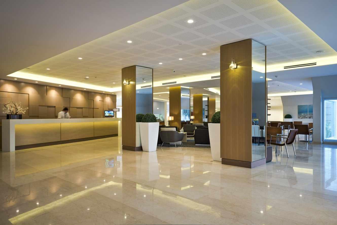 הלובי של מלון אסטרל מריס באילת