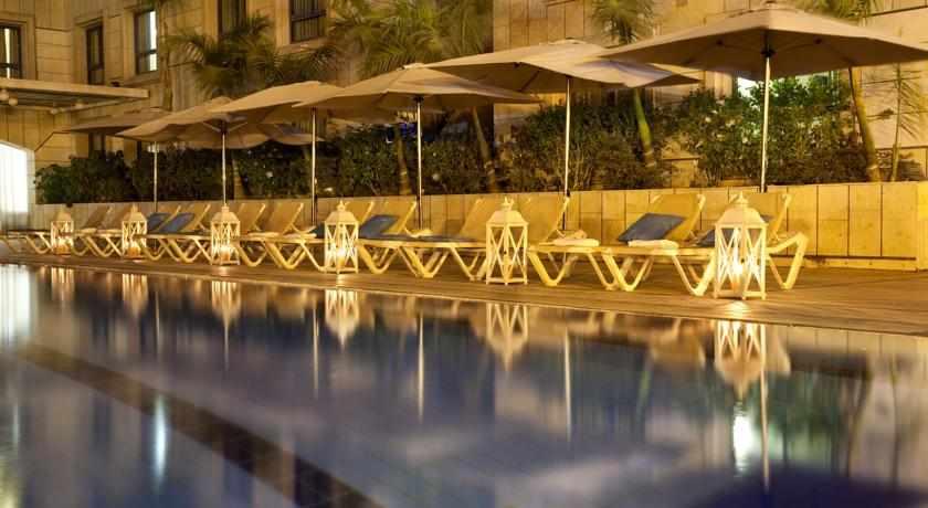 בריכה מלון אסטרל נירוונה קלאב