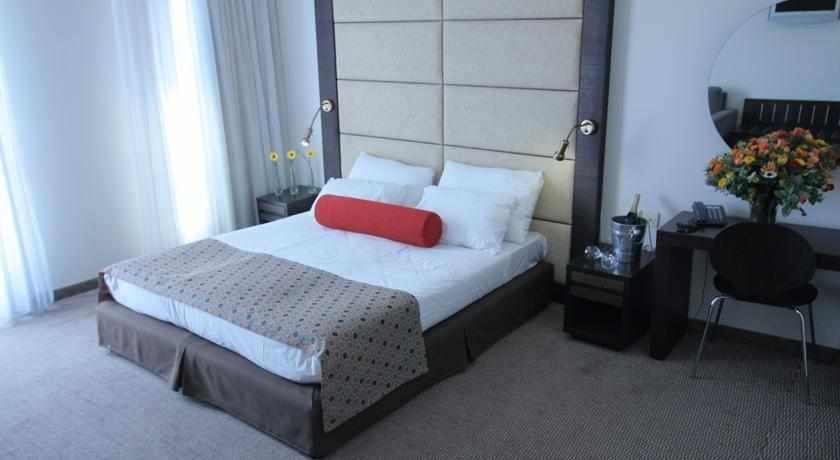 חדר מלון אסטרל נירוונה קלאב