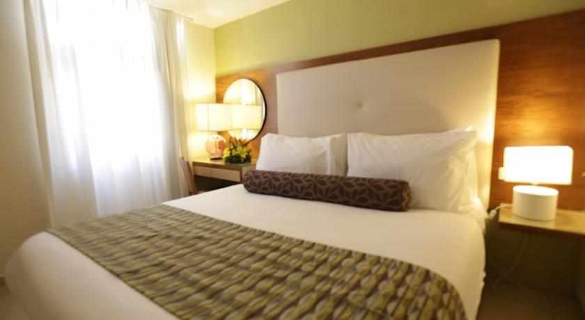 חדר זוגי מלון אסטרל וילג'