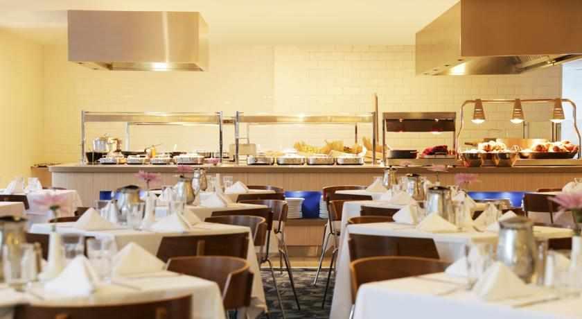 חדר אוכל מלון אסטרל פאלמה