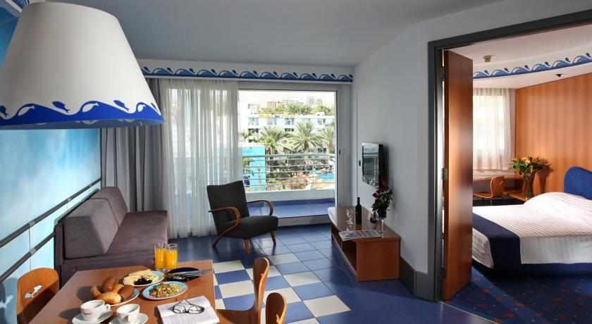 חדר משפחה מלון קלאב הוטל