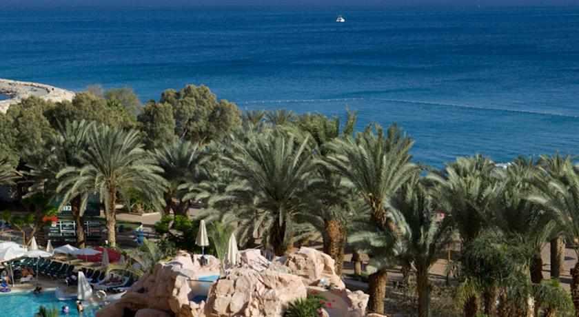 נוף לים סוף ממלון דן