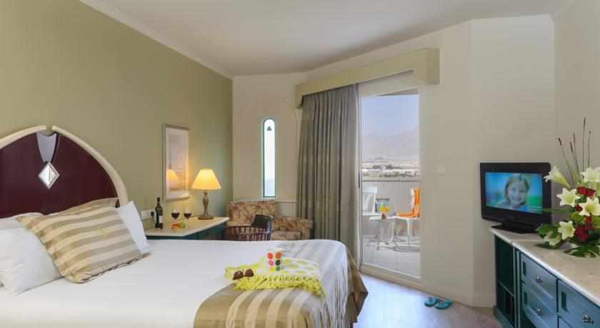 חדר עם מרפסת מלון הרודס בוטיק