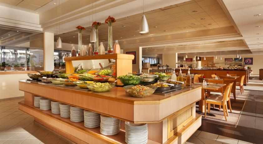 חדר אוכל מלון לגונה