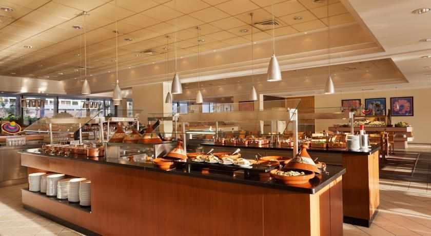 ארוחת בוקר מלון לגונה