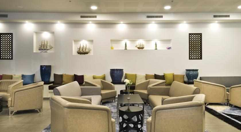 ספות בלובי מלון לה פלאיה פלוס