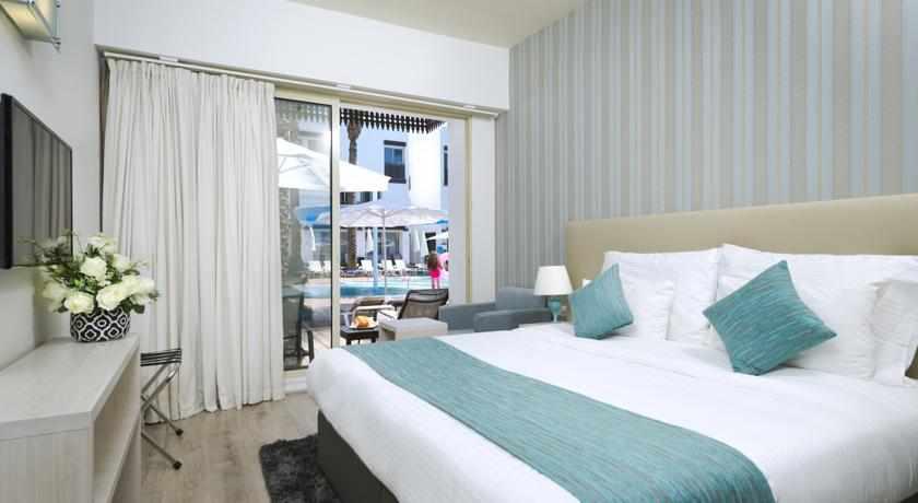 חדר זוגי לבריכה מלון לה פלאיה פלוס