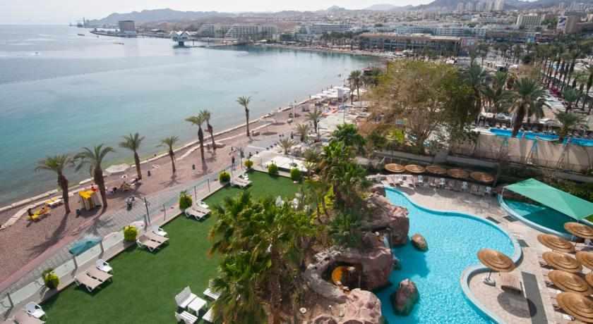 נוף לים מלון לאונרדו פלאזה