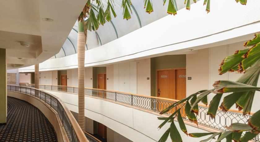 חדרים מלון לאונרדו פריוילג'