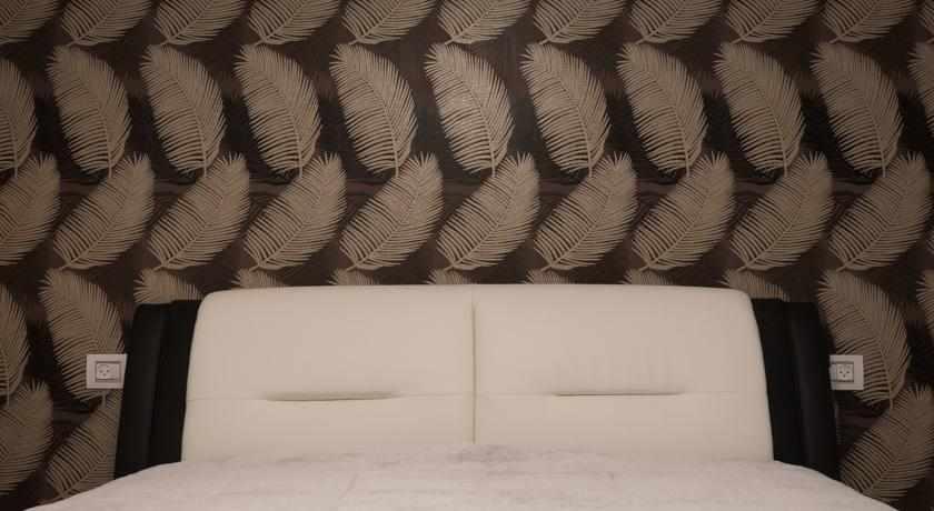 מיטה זוגית בשדרות ארגמן