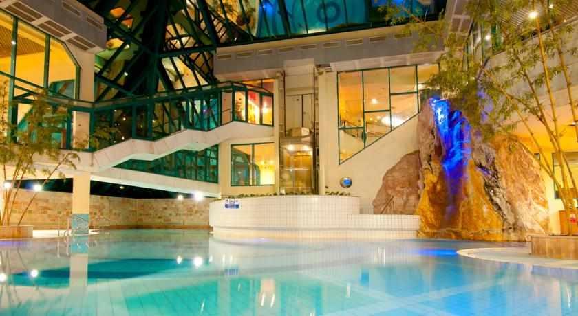 מלון מג'יק סאנרייז קלאב