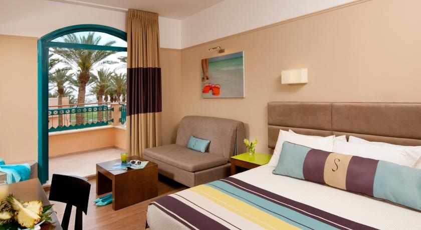 חדר זוגי מלון מג'יק סאנרייז קלאב