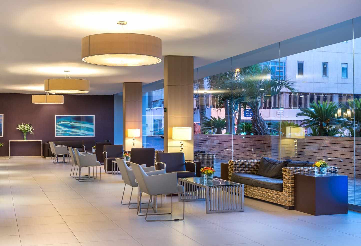 לובי מלון אסטרל נירוונה סוויטס באילת