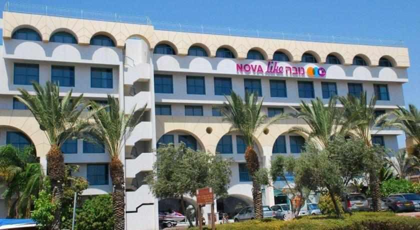 מלון נובה לייק