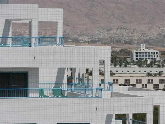 מרפסת מלון נובה לייק