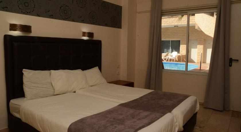 חדר מלון הים האדום