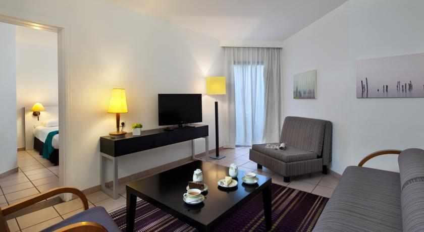 חדר מלון ריביירה קלאב