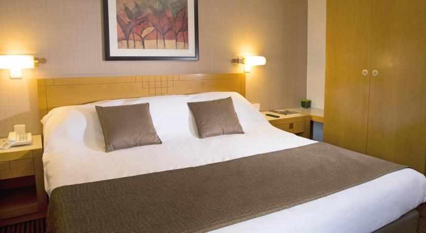 חדר זוגי מלון רויאל גרדן