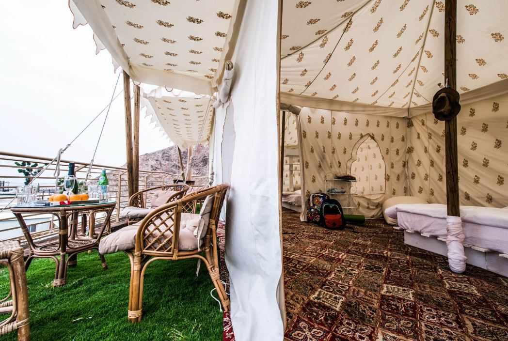 אוהל עם מרפסת קולוניה